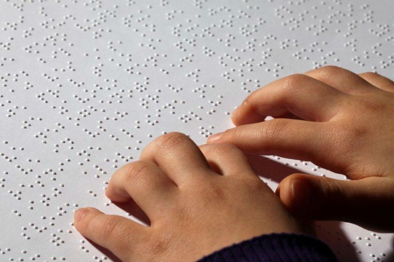 lettura braille 800x532